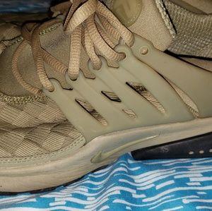 Nike presto military grade